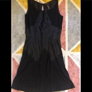 Club Monaco black silk rayon keyhole back dress